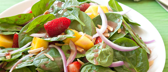 Berry, Mango and Spinach Salad