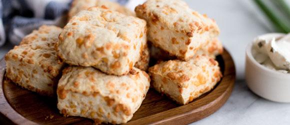 Easy-Bake Cheddar Biscuits