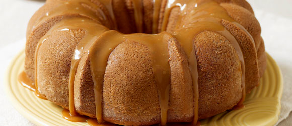 Moist Caramel Apple Cake