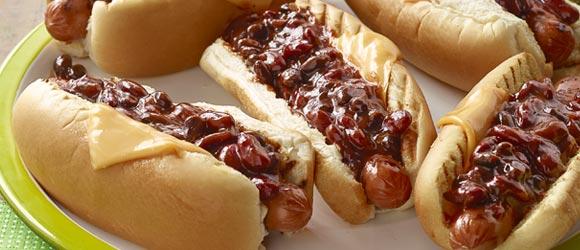 BBQ-Bean Chili Dogs