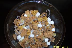Cups of Fun Snack Mix